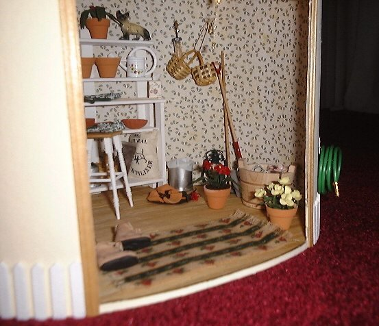 Dollhouse Miniature The Potting Shed Picture 2